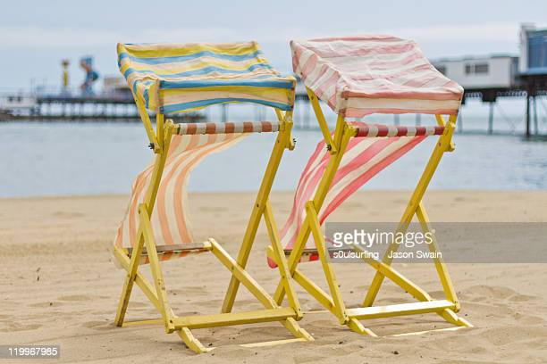 waiting for summer - s0ulsurfing stock pictures, royalty-free photos & images