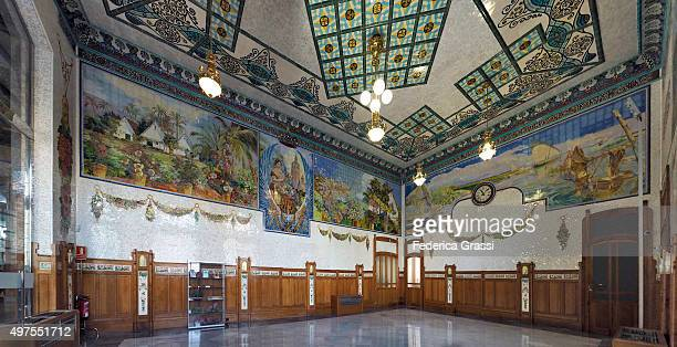 waiting room, north station, valencia, spain - art nouveau stock pictures, royalty-free photos & images