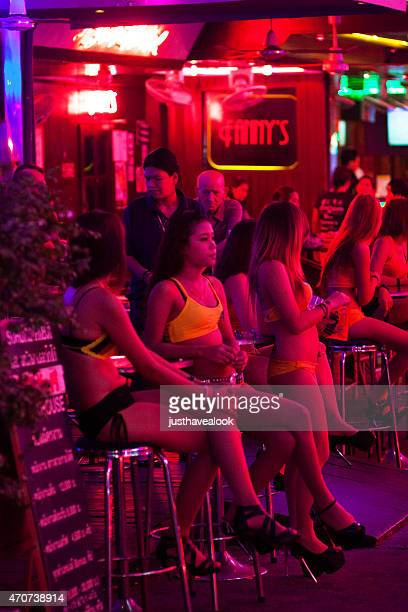 waiting thai girls and hookers in soi cowboy - hustler girls stock photos and pictures