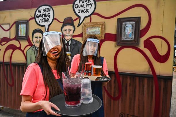 GBR: Scotland Allows Pub Gardens To Reopen