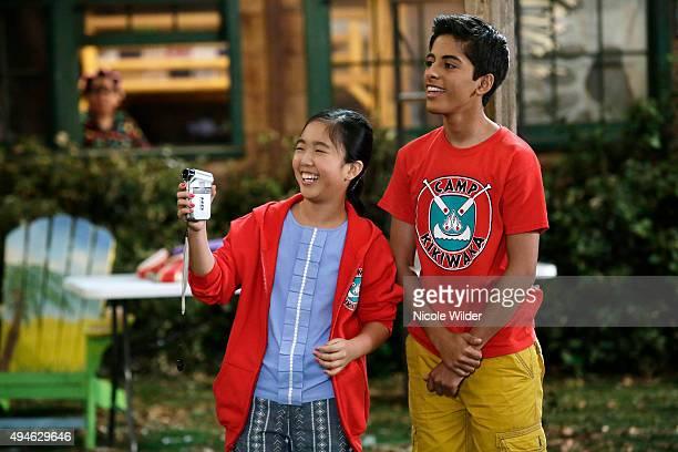 "Waka, Waka, Waka!"" - Ravi and Tiffany get video proof that the Kikiwaka exists. Meanwhile, Emma and Lou try to outsell Hazel at the Kikiwaka Day..."