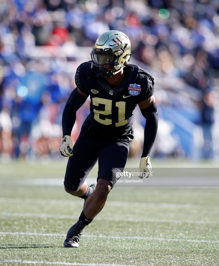 wake-forest-demon-deacons-defensive-back