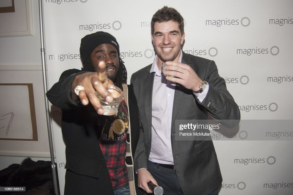MAGNISES Holiday Party : News Photo
