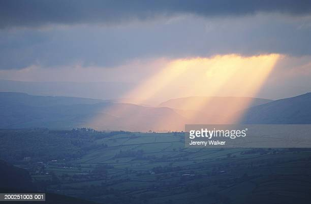 wales, brecon beacons, beam of light through clouds - dramatic sky stock pictures, royalty-free photos & images