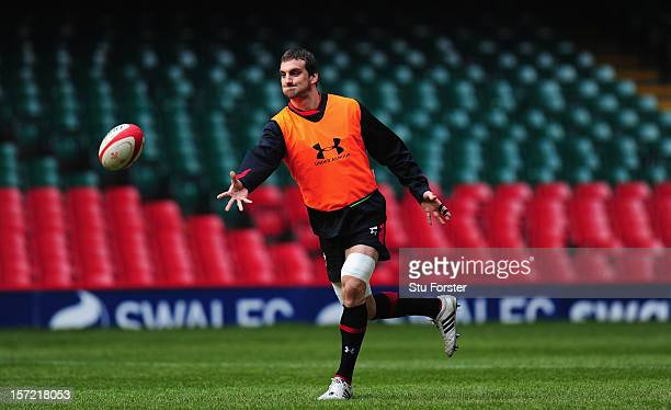 Wales captain Sam Warburton in action during the Wales Captains Run ahead of Saturdays game against the Australian Wallabies at Millennium Stadium on...