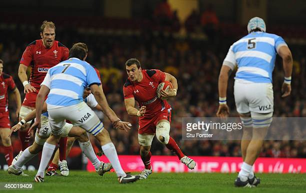 Wales captain Sam Warburton runs into the Argentina defence during the International Match between Wales and Argentina at the Millennium Stadium on...