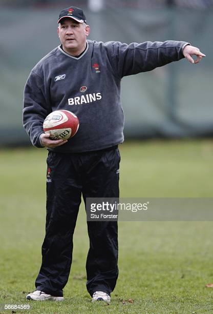 Wales coach Mike Ruddock makes a point during Wales Rugby Union Training at Sophia Gardens, on January 27, 2006 in Cardiff, Wales.
