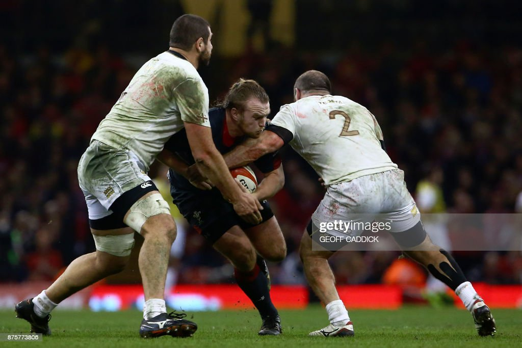 TOPSHOT-RUGBYU-WAL-GEO : News Photo