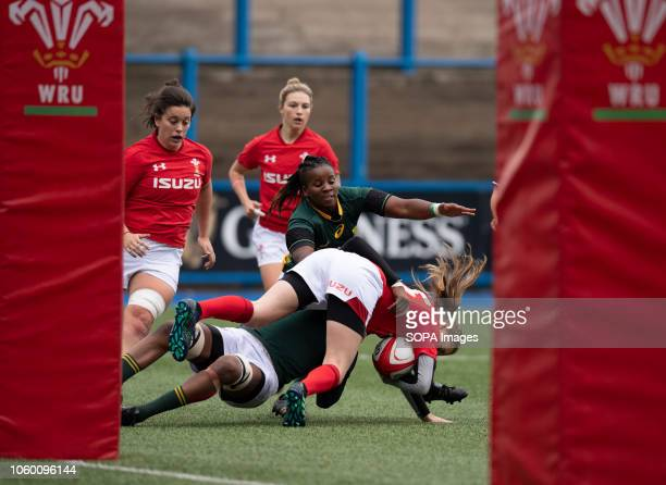 Wales Lauren Smyth in action during Wales Women v South Africa Women Autumn Internationals at Cardiff Arms Park Cardiff United Kingdom Wales defeated...