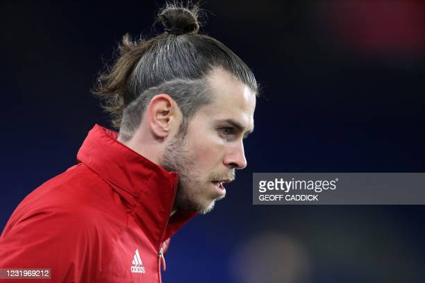 Wales' midfielder Gareth Bale warms up ahead of the international friendly football match between Wales and Mexico at Cardiff City Stadium in Cardiff...