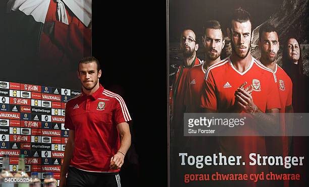 reputable site 43c5d 6c337 Wales National Soccer Team Pictures and Photos - Getty Images