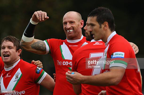 Wales player Gareth Thomas shares a joke with team mates before the Rugby League Alitalia European Cup match between Wales and Ireland at the Gnoll...