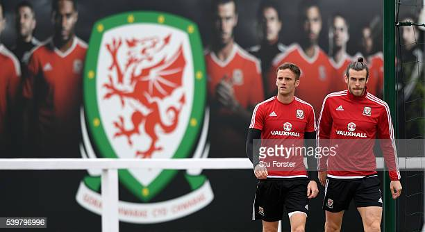 Wales players Andy King and Gareth Bale arrive for Wales training at their Euro 2016 base camp on June 13, 2016 in Dinard, France.