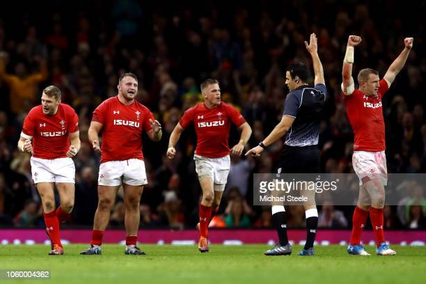 Wales players celebrate their team's victory on the final whistle during the International Friendly match between Wales and Australia at Principality...