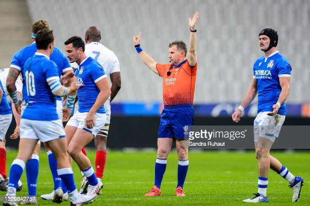 Wales referee Nigel OWENS during the Autumn Nations Cup match between France and Italy at Stade de France on November 28, 2020 in Paris, France.