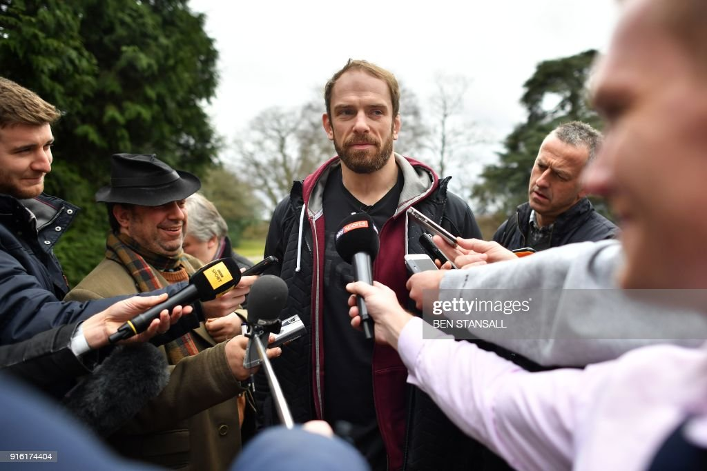 RUGBYU-6NATIONS-WAL-PRESSER : News Photo