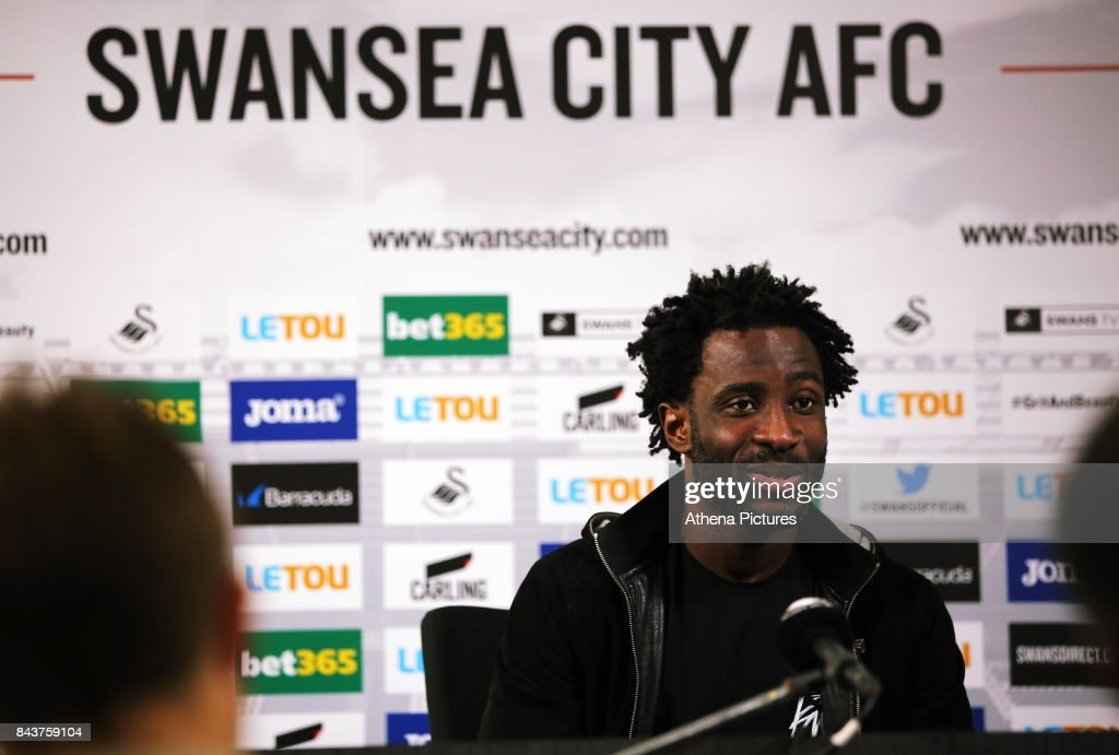 Swansea City Training and Press Conference : ニュース写真