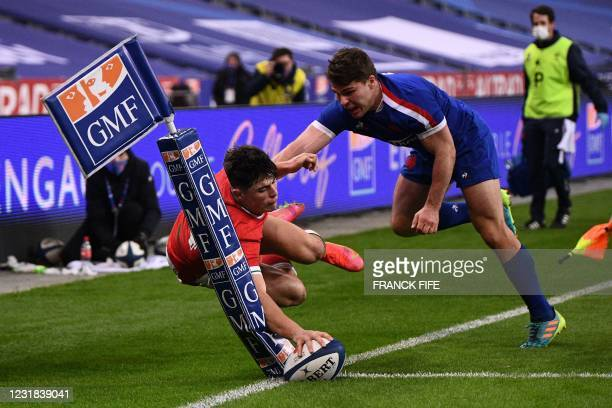 Wales' wing Louis Rees-Zammit dives a misses a try opportunity during the Six Nations rugby union tournament match between France and Wales on March...