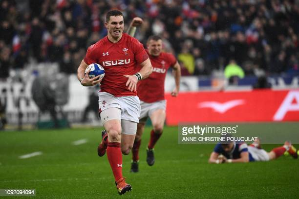 Wales' winger George North runs to score a try during the Six Nations rugby union tournament match between France and Wales at the stade de France in...
