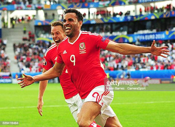 Wales's Hal Robson-Kanu celebrates scoring his sides second goal during the UEFA Euro 2016 Group B match between Wales and Slovakia at Nouveau Stade...
