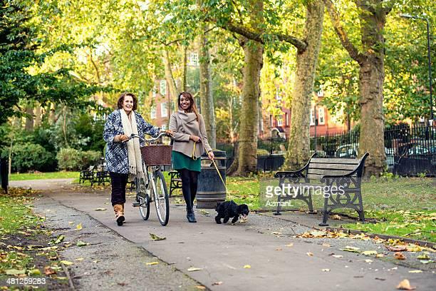 Marcher dans un parc