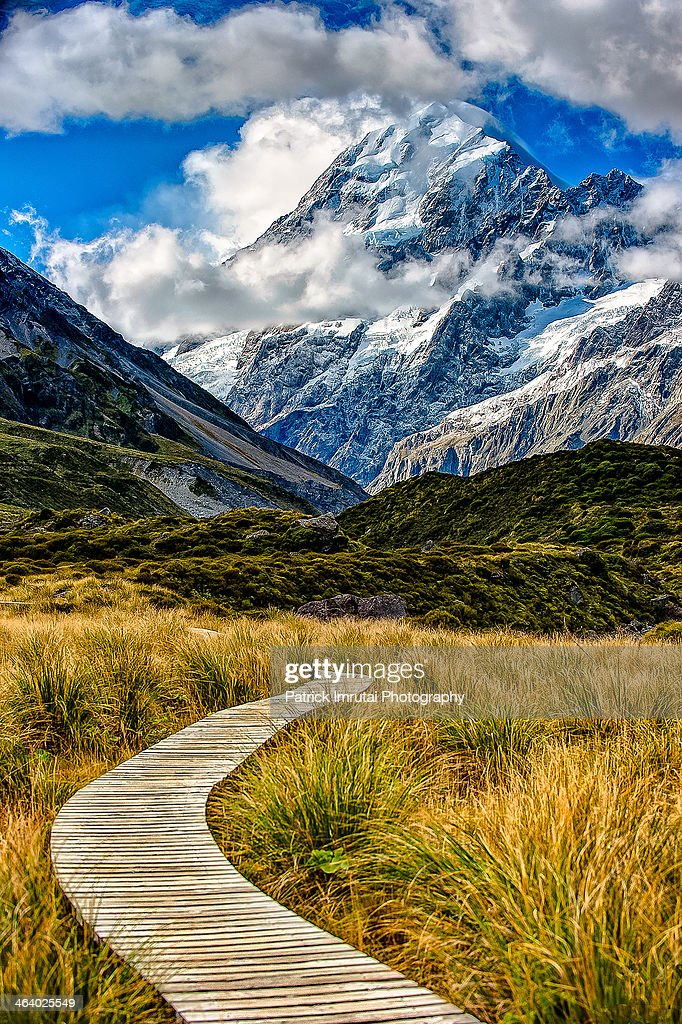 Walk to Aoraki : Stock Photo