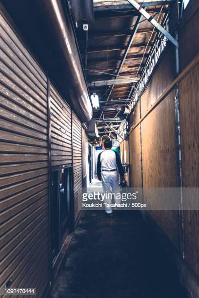walker - https://500px.com/photo/114895941/