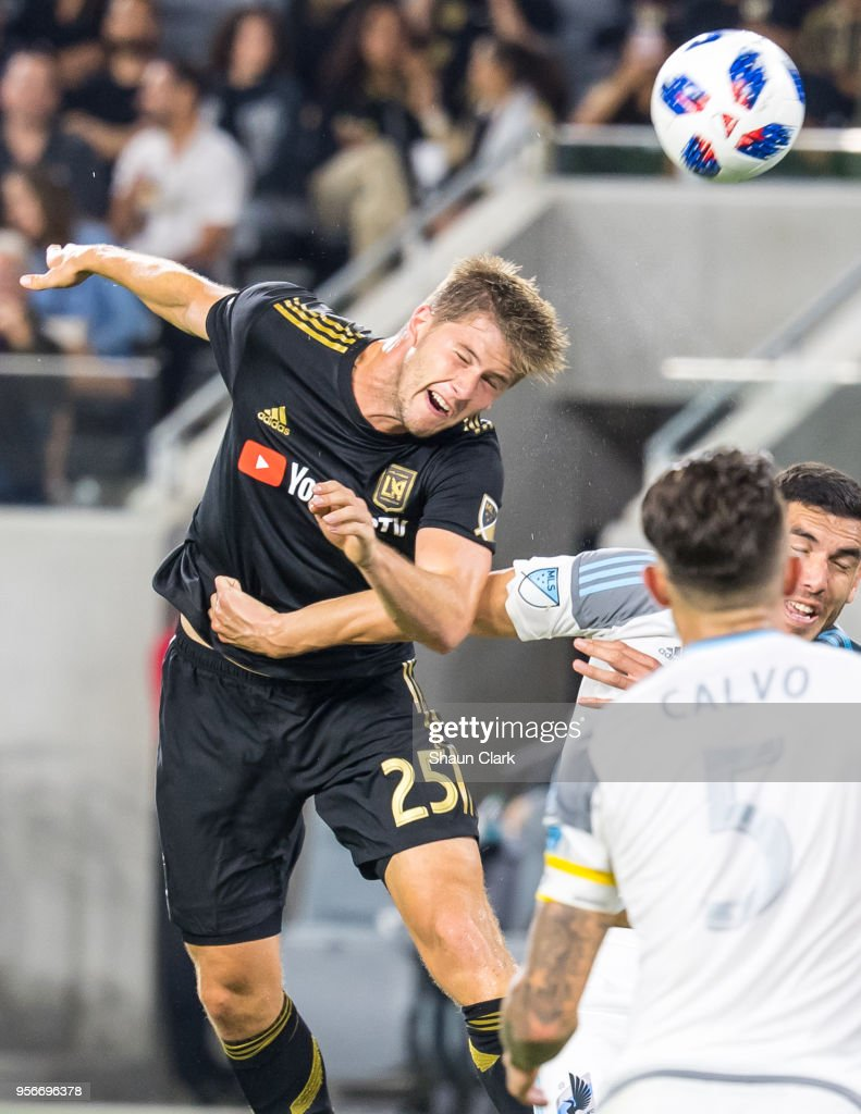 Walker Zimmerman #25 of Los Angeles FC heads the ball towards goal during Los Angeles FC's MLS match against Minnesota United at the Banc of California Stadium on May 9, 2018 in Los Angeles, California. Los Angeles FC won the match 2-0
