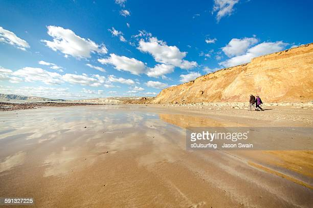 walking back to happiness - compton bay isle of wight stock pictures, royalty-free photos & images