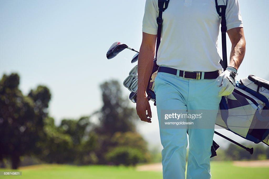 シングルプレーヤー、アベレージゴルファーのスコアの目安は?