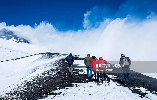 Fuß Gruppe auf den Berg Ätna