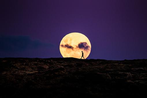 Walking on the Moon - gettyimageskorea