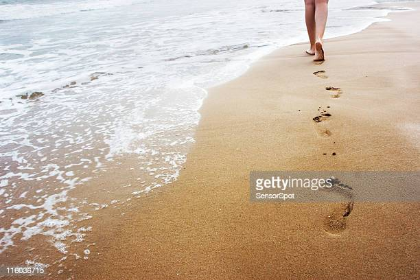 walking on the sand - sand stock pictures, royalty-free photos & images