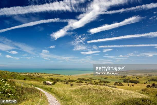 walking path at cap blanc nez (cape white nose), a cape on the touristic côte d'opale (opal coast)in northern france, on the english channel - hauts de france stock photos and pictures