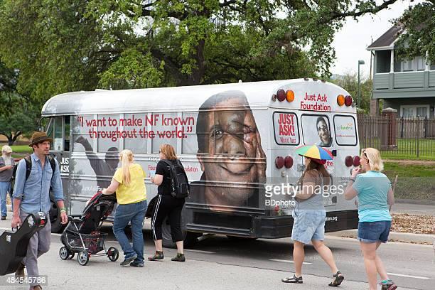 percorso di houston, texas - neurofibromatosi foto e immagini stock