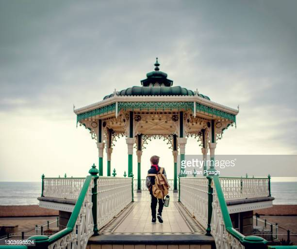 walking to brighton indian pavilion - victorian stock pictures, royalty-free photos & images