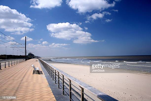 walkway at sea belgium - coastline stock pictures, royalty-free photos & images