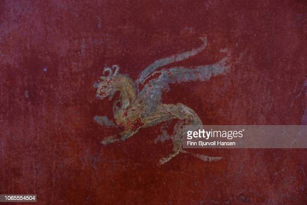 wall decoration inside one of the bath houses in the city of pompeii italy - finn bjurvoll - fotografias e filmes do acervo