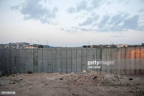 壁のパレスチナ