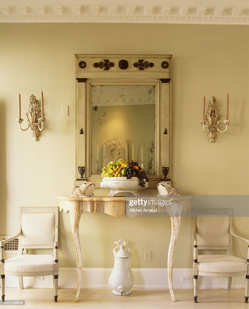 Wall Mirror Above Console Table In Living Room : Stock Photo