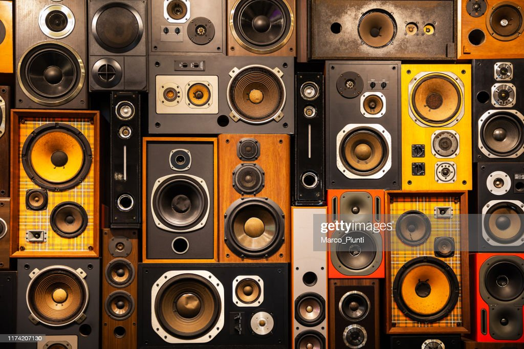 Wall of retro vintage style Music sound speakers : Stock Photo