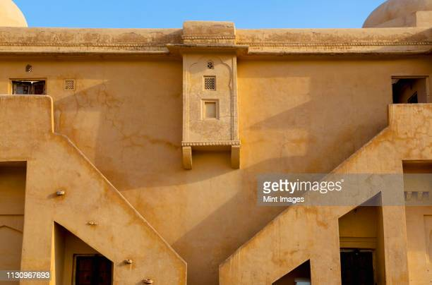 wall of the amber fort - amber fort stock pictures, royalty-free photos & images