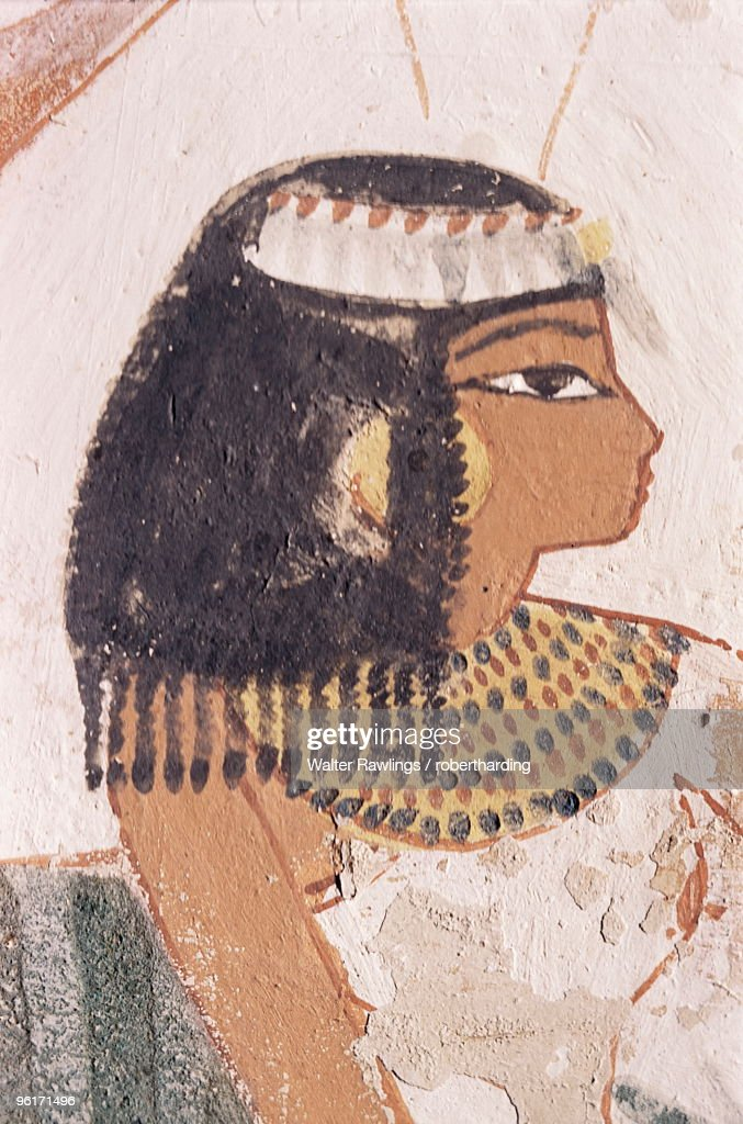 Wall painting of daughter of Nakht from hunt scene in the tomb of Nakht, Minister of Agriculture in the reign of Tutmosis IV, Valley of the Nobles, Thebes, UNESCO World Heritage Site, Egypt : Stock Photo