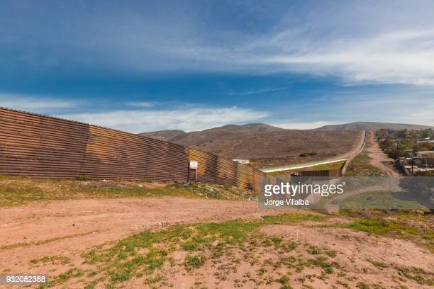 wall prototype along the mexican border line from mexico - national border stock pictures, royalty-free photos & images