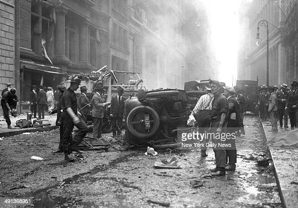 Wall Street bombing explosion Overturned auto and crowd