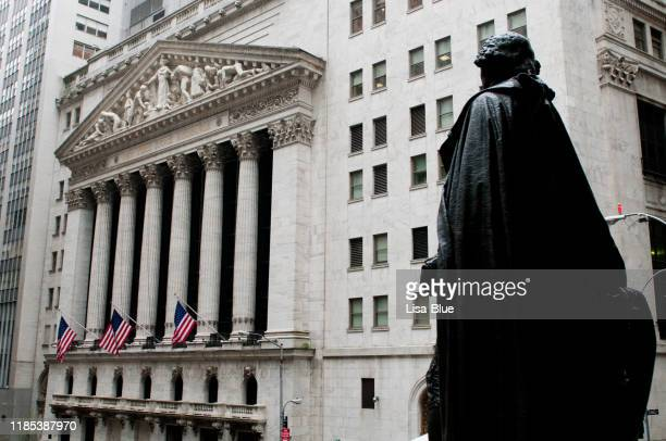 wall street, nyc. - wall street lower manhattan stock pictures, royalty-free photos & images