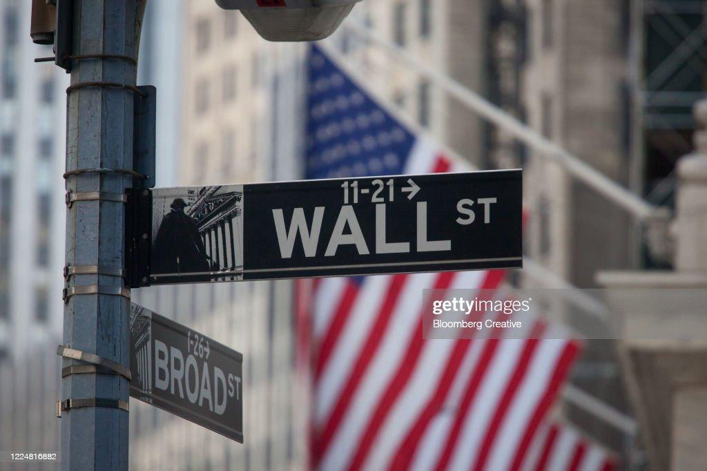 Wall Street Sign : Stock Photo