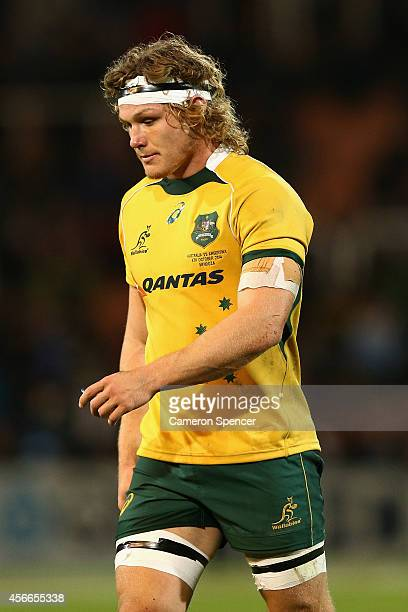 Wallabies captain Michael Hooper is sent to the sinbin during The Rugby Championship match between Argentina and the Australian Wallabies at Estadio...