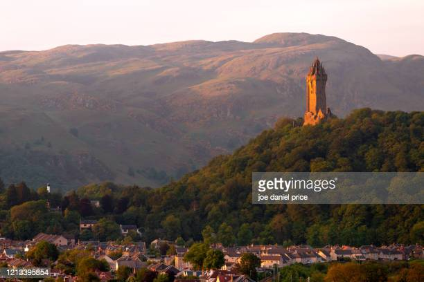 wallace monument, sunset, stirling, scotland - central scotland stock pictures, royalty-free photos & images