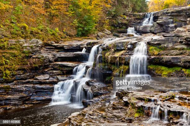 wallenpaupack creek waterfalls - pocono mountains stock pictures, royalty-free photos & images